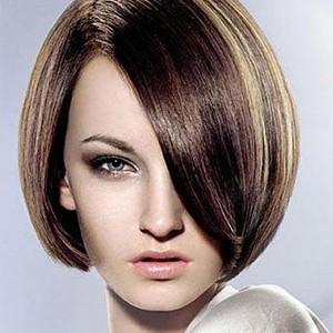 发型】短发弄什么发型好看及女人短发最新发型