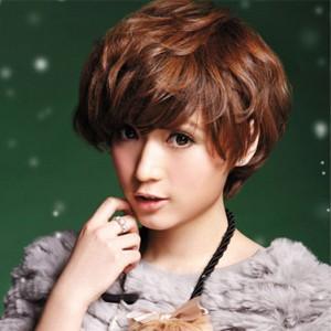 女短发烫发发型图片